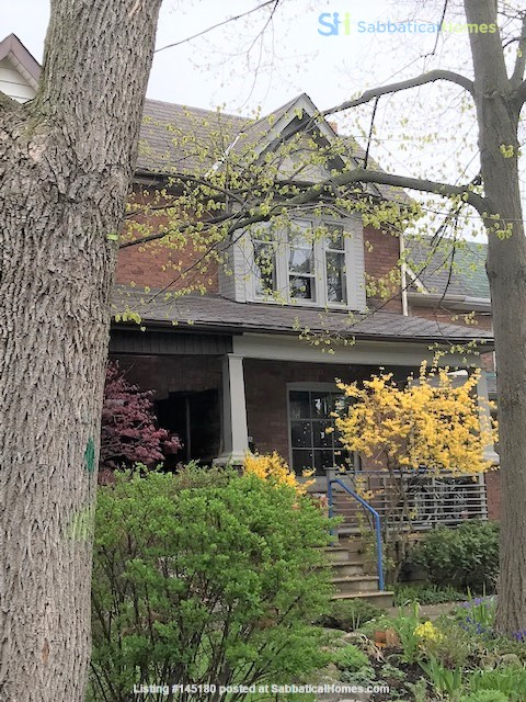 Friendly home in High Park area in Toronto Home Rental in Toronto, Ontario, Canada 0