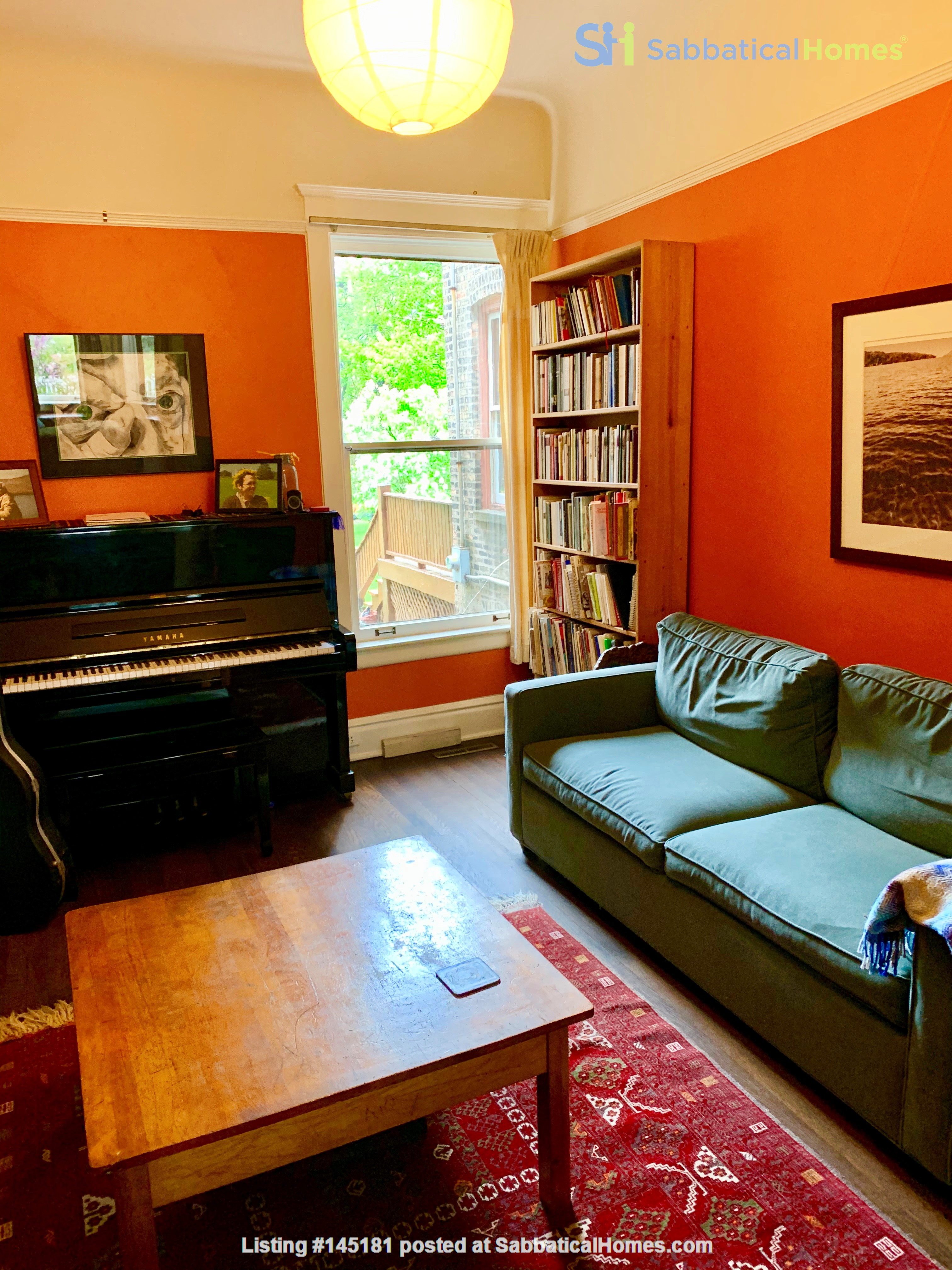 Beautiful Hyde Park Home Near UChicago, Lake, Loop Home Rental in Chicago, Illinois, United States 4