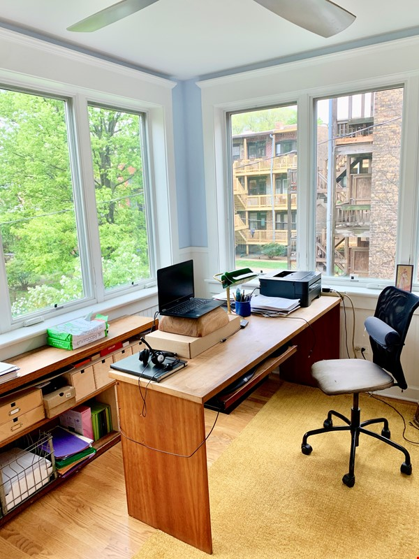 Beautiful Hyde Park Home Near UChicago, Lake, Loop Home Rental in Chicago 6 - thumbnail