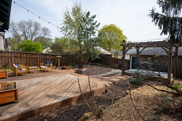 3 BR 2 Bath GREAT Neighborhood, Beautiful Backyard, Bright Minneapolis Home Home Rental in Minneapolis 4 - thumbnail