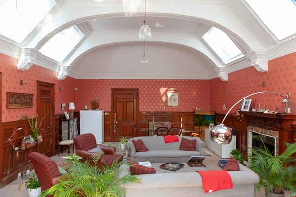 Stunning House for a fish, gardener and architectural lover. Home Rental in  0 - thumbnail