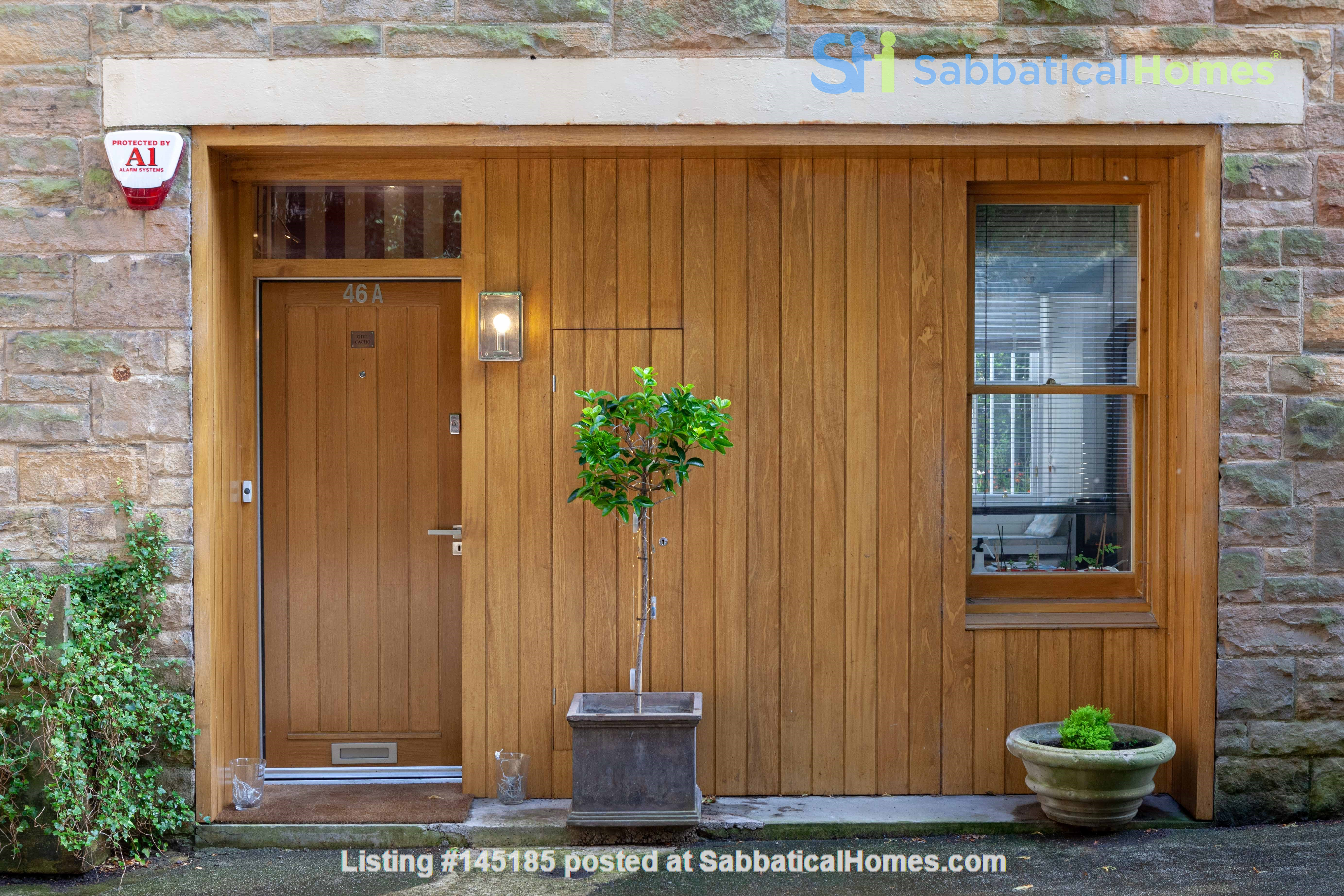 Stunning House for a fish, gardener and architectural lover. Home Rental in Edinburgh, Scotland, United Kingdom 1
