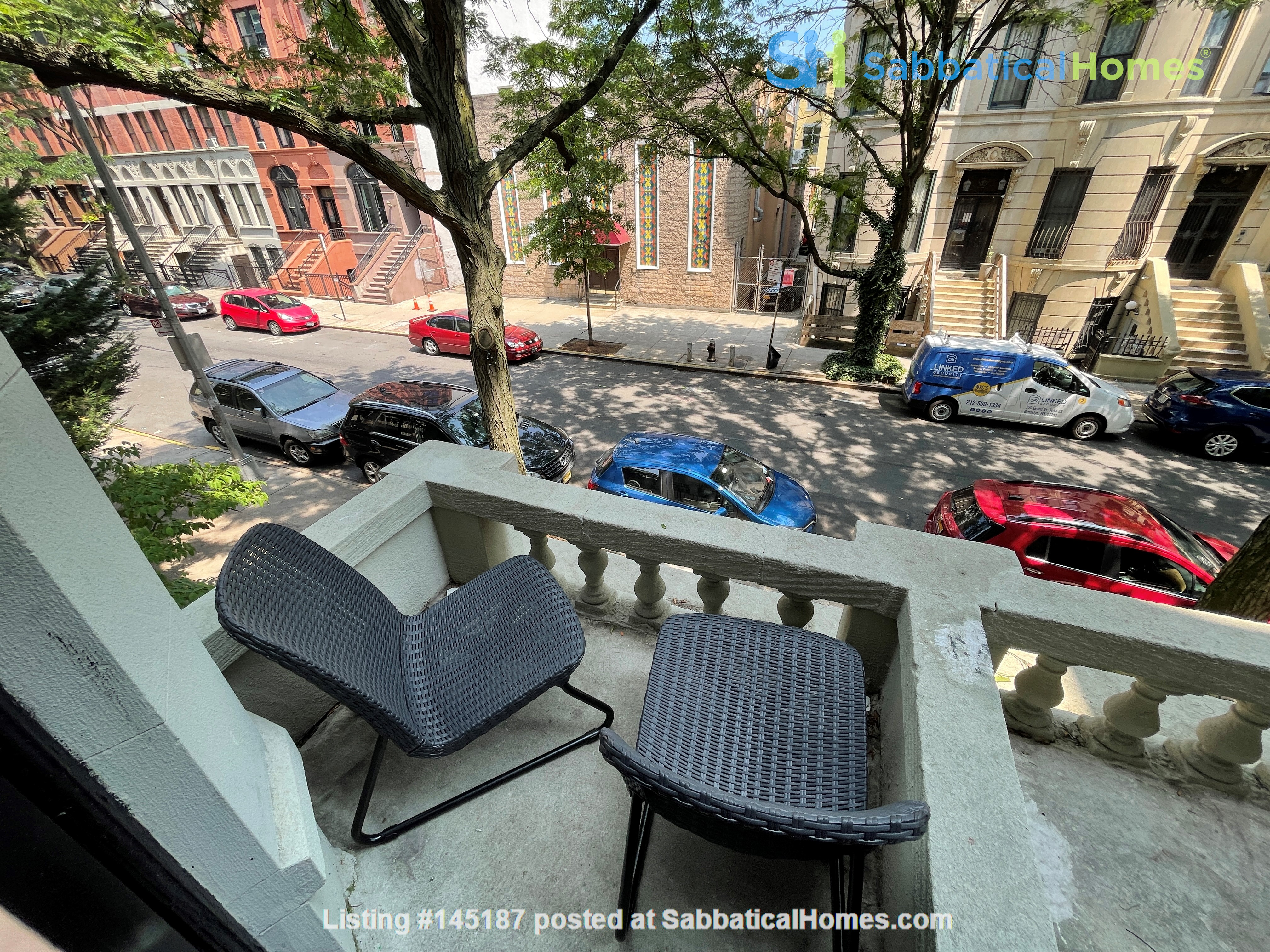 Historic South Harlem Studio with Balcony, short walk to Central Park! Home Rental in New York 1