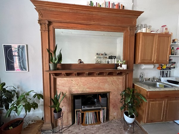 Historic South Harlem Studio with Balcony, short walk to Central Park! Home Rental in New York 4 - thumbnail