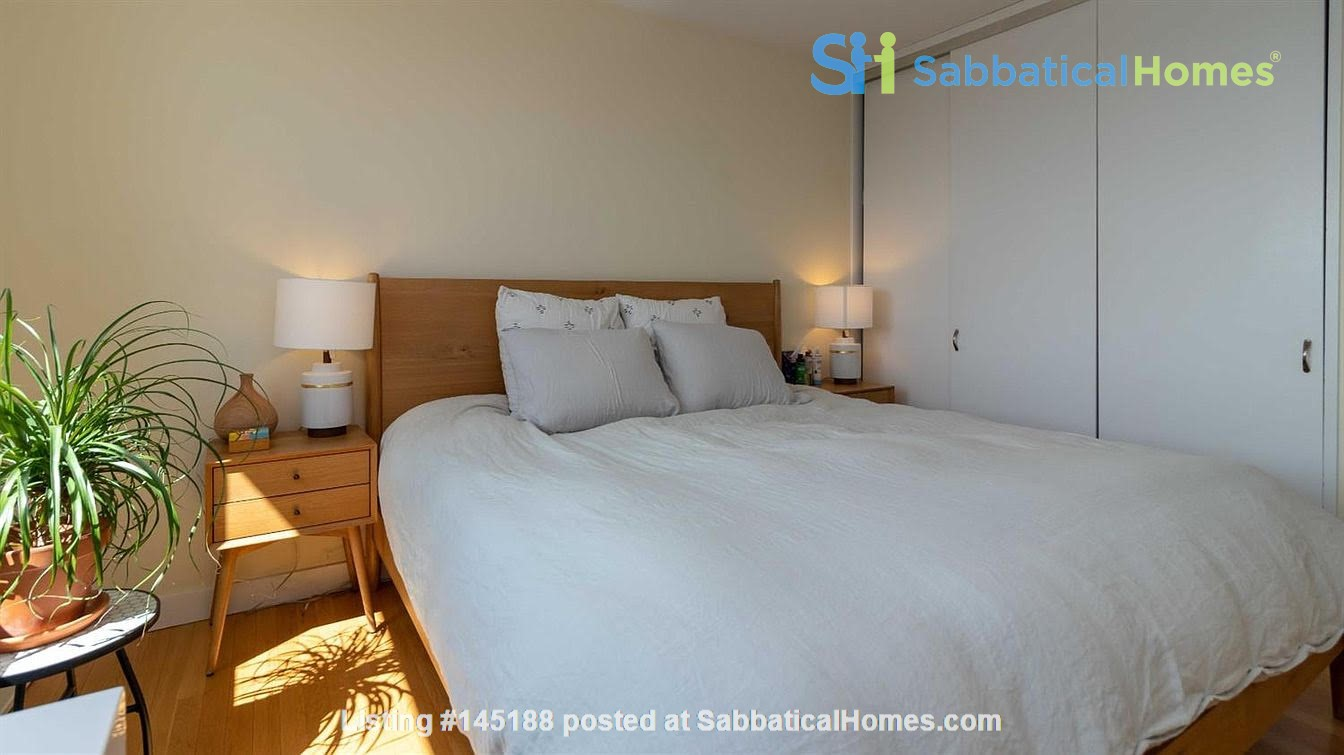 One bedroom apartment with lake views and attached parking (Cayuga Heights) Home Rental in Ithaca, New York, United States 4