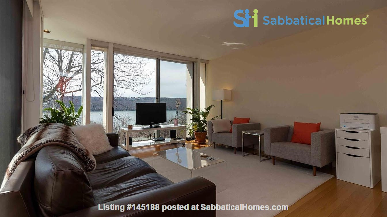 One bedroom apartment with lake views and attached parking (Cayuga Heights) Home Rental in Ithaca, New York, United States 1