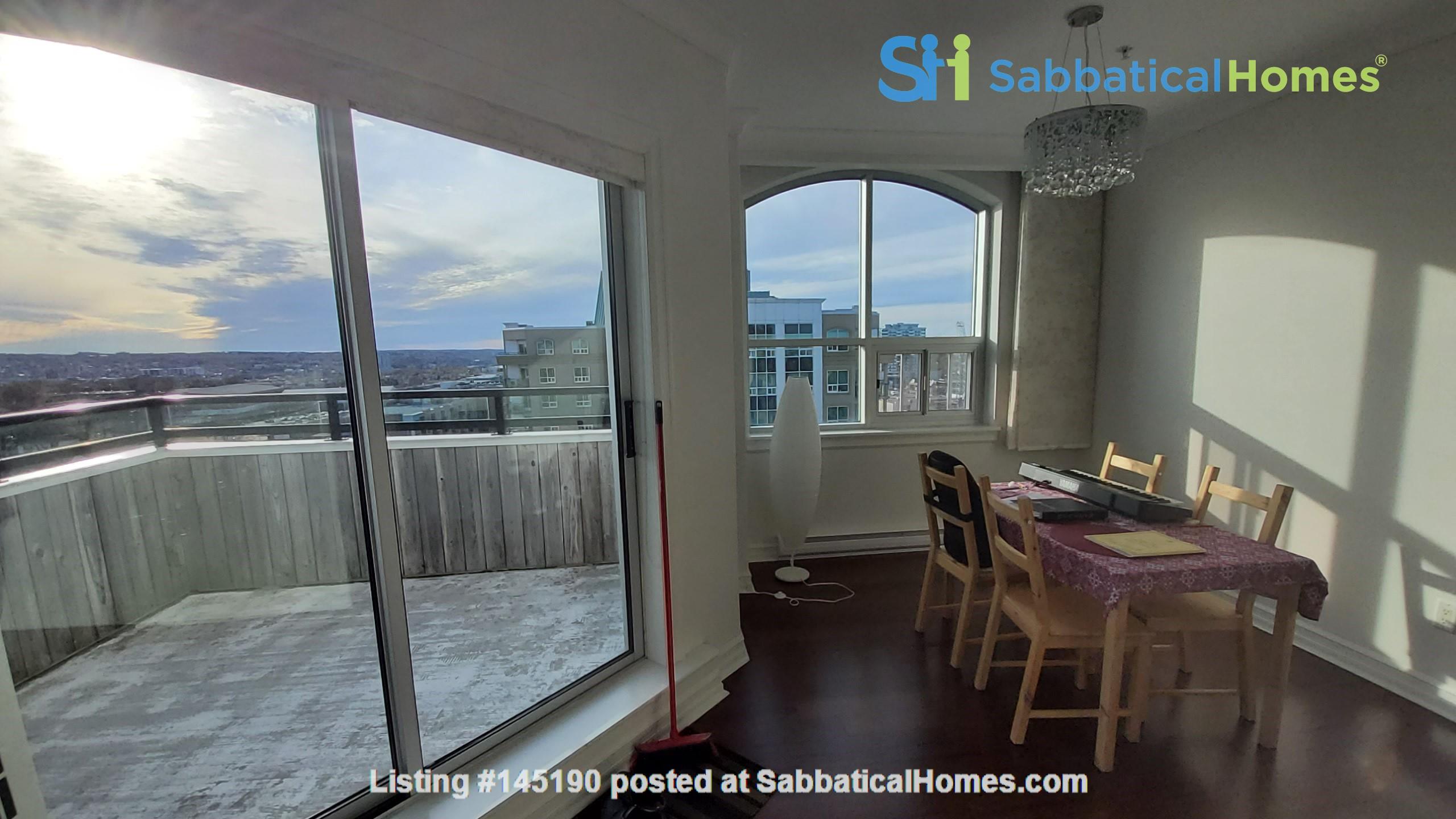 Spacious, Sunny, 12th-floor Condo in the North End of Halifax, Nova Scotia Home Rental in Halifax, Nova Scotia, Canada 2