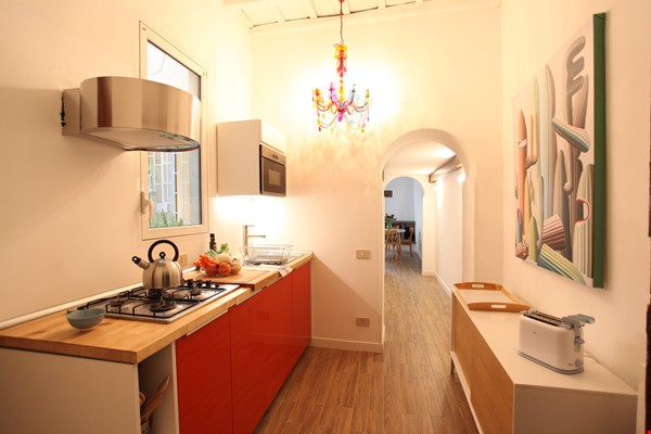 Via Crispi between Spanish Steps and Trevi Fountain Home Rental in Roma 6 - thumbnail