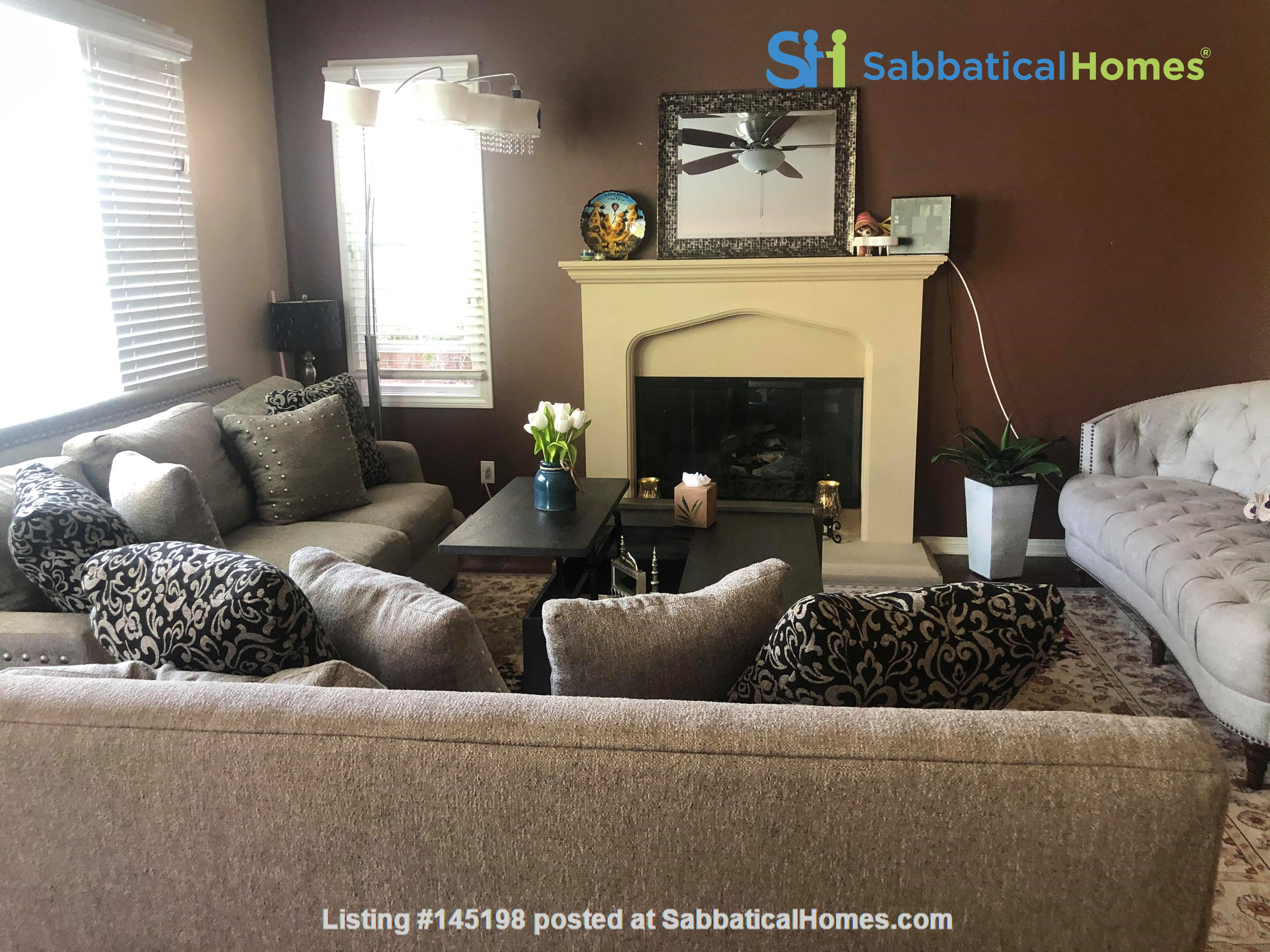 3BR, 2.5Bath at the University Hills Home Rental in Irvine, California, United States 6
