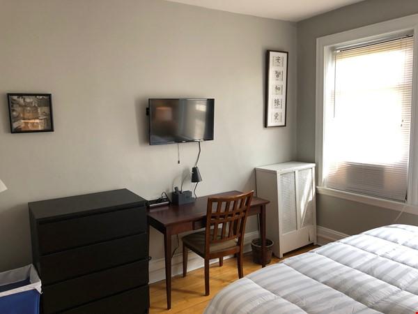 2bd/1ba Condo in Boston (Allston Neighborhood) near BU/BC/Harvard Home Rental in Boston 2 - thumbnail