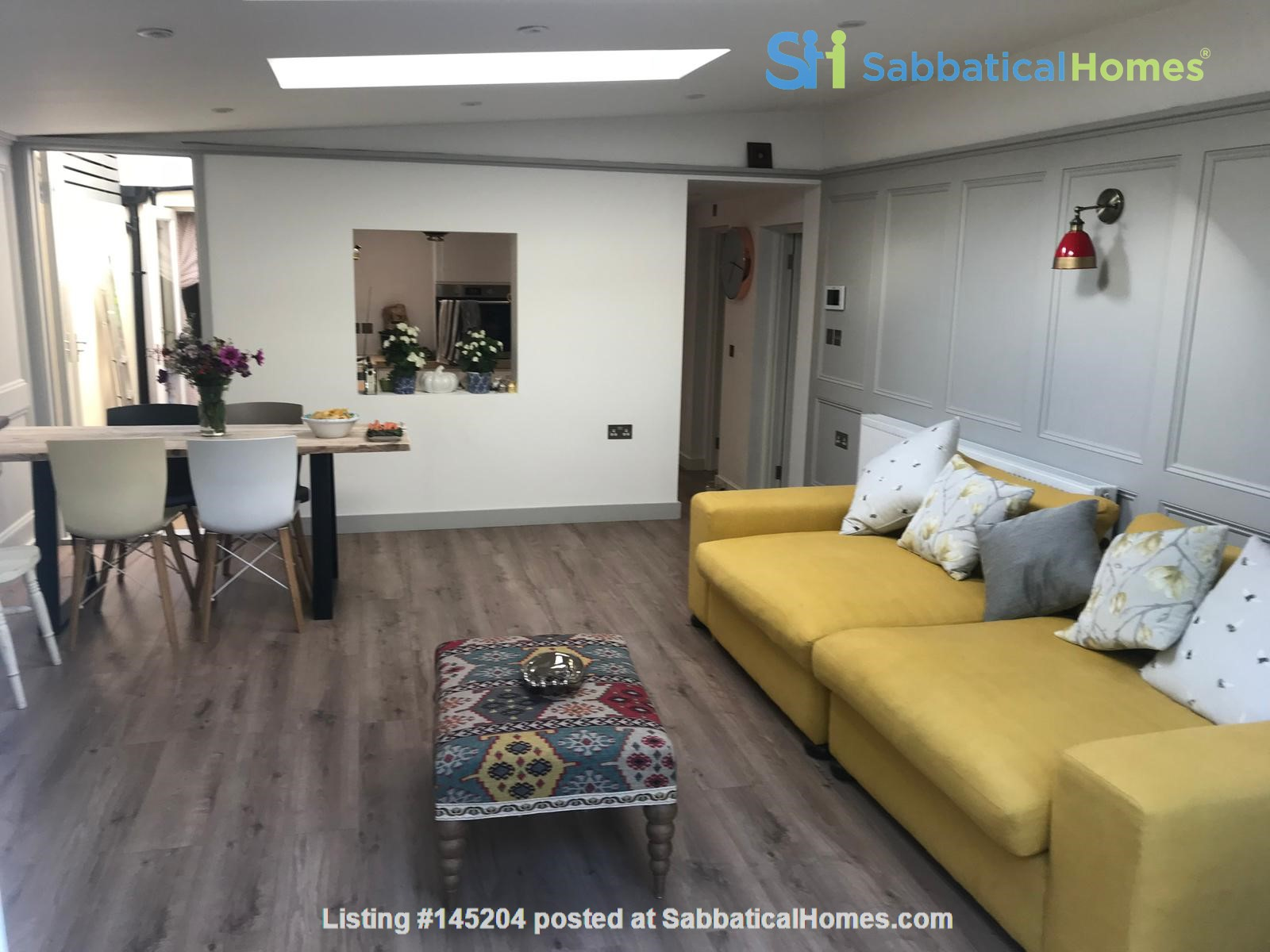 Hidden Peaceful Flat in Heart of Oxford Home Rental in Oxfordshire, England, United Kingdom 0