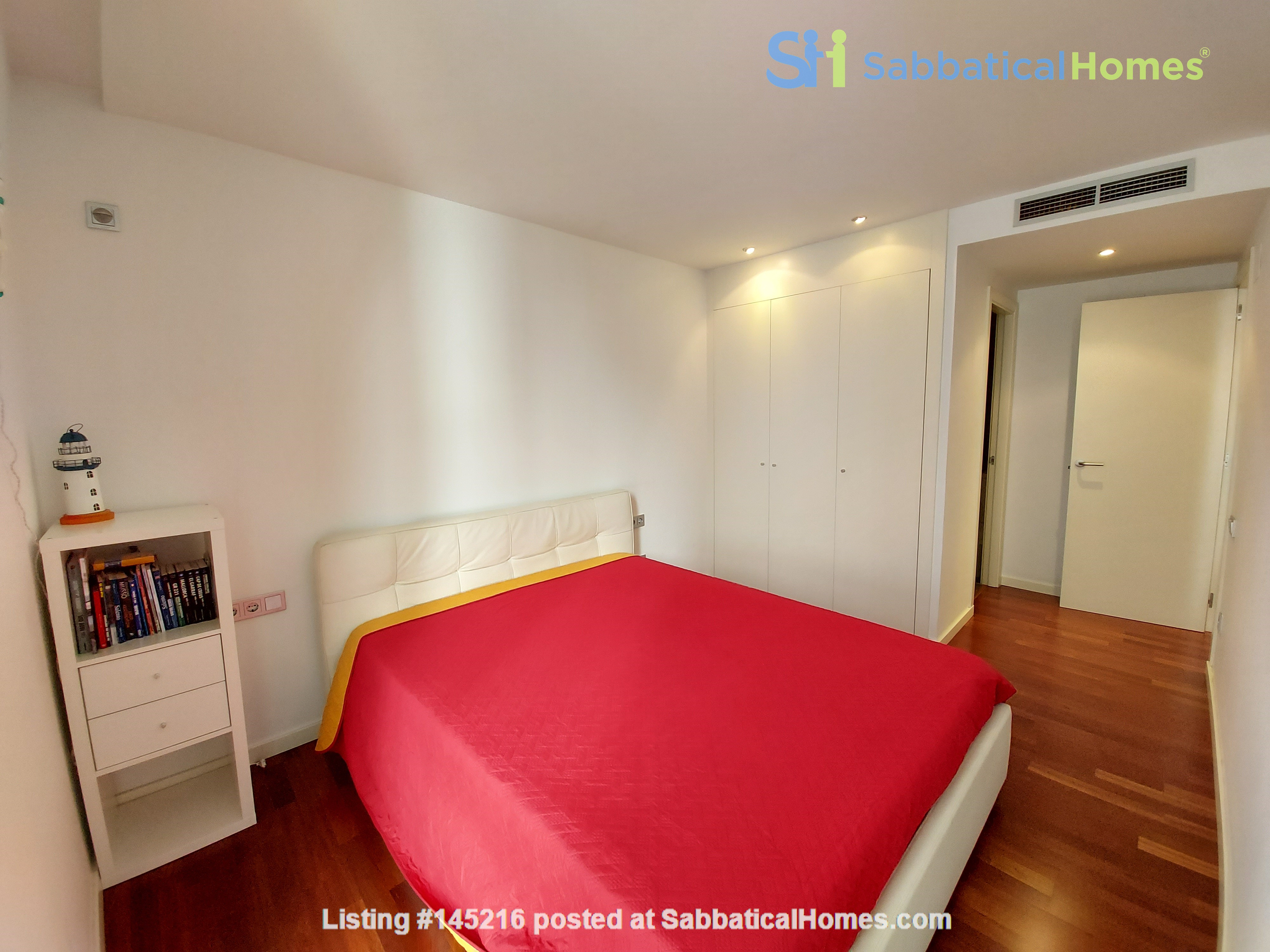 New luxury apartment in the most beautiful area of Barcelona Home Rental in Barcelona, Catalunya, Spain 2