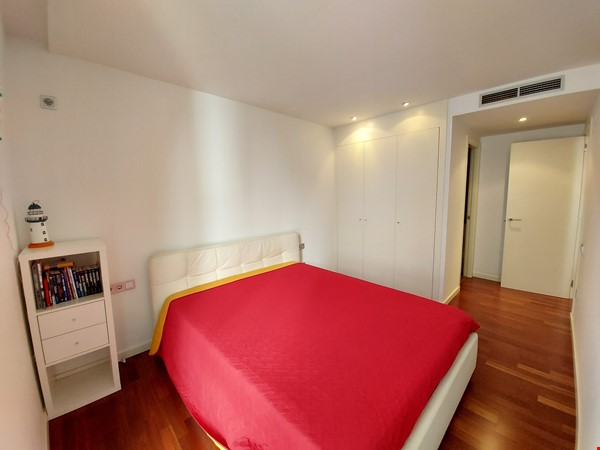 New luxury apartment in the most beautiful area of Barcelona Home Rental in Barcelona 2 - thumbnail