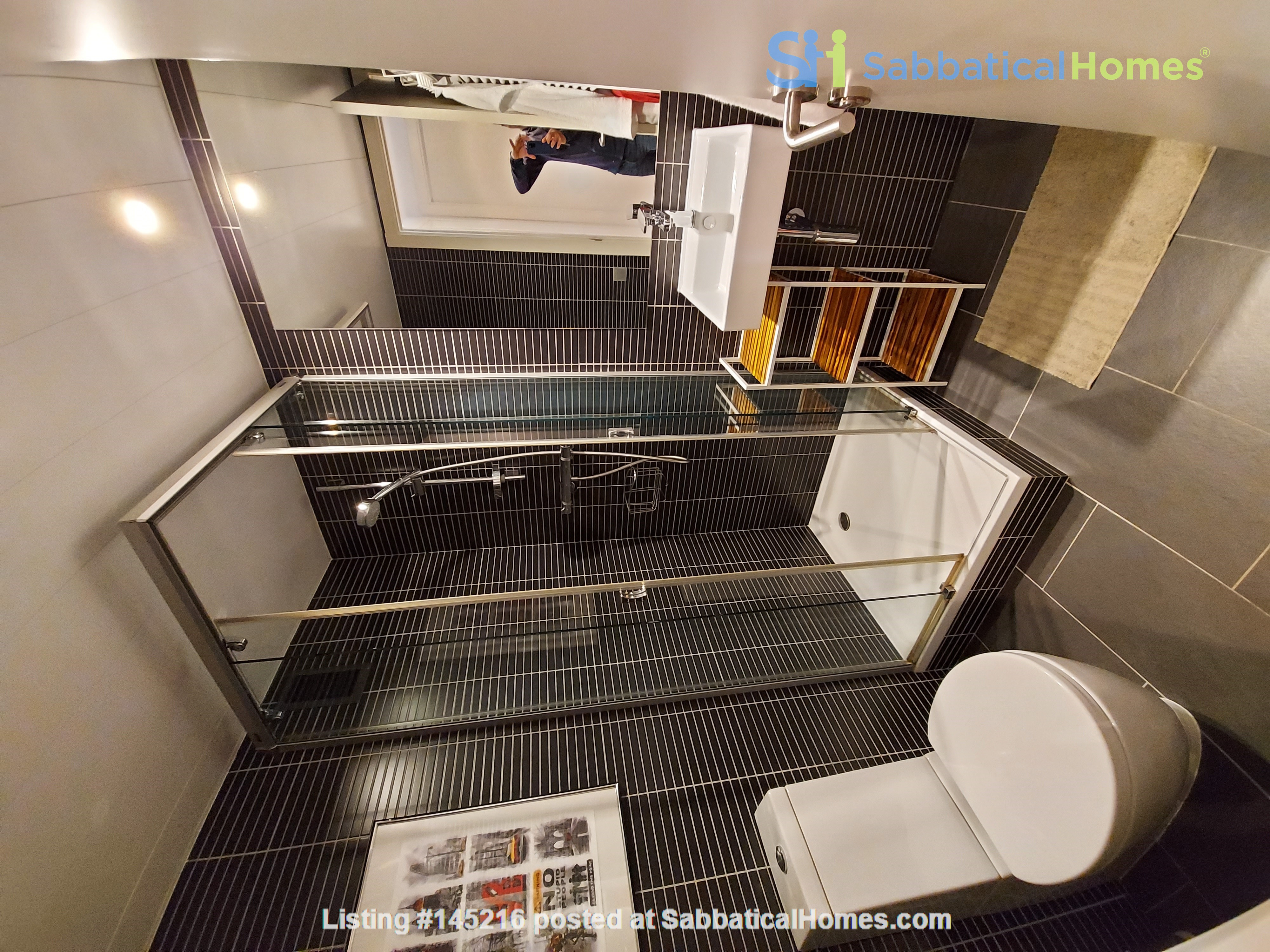 New luxury apartment in the most beautiful area of Barcelona Home Rental in Barcelona, Catalunya, Spain 5