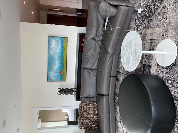 Gorgeous, spacious condo close to universities, hospitals and downtown Home Rental in Edmonton 1 - thumbnail