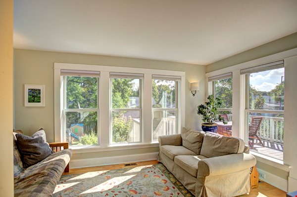 Adorable home near parks, lakes and restauraunts Home Rental in Minneapolis 4 - thumbnail