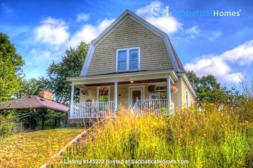 Adorable home near parks, lakes and restauraunts Home Rental in Minneapolis, Minnesota, United States 8