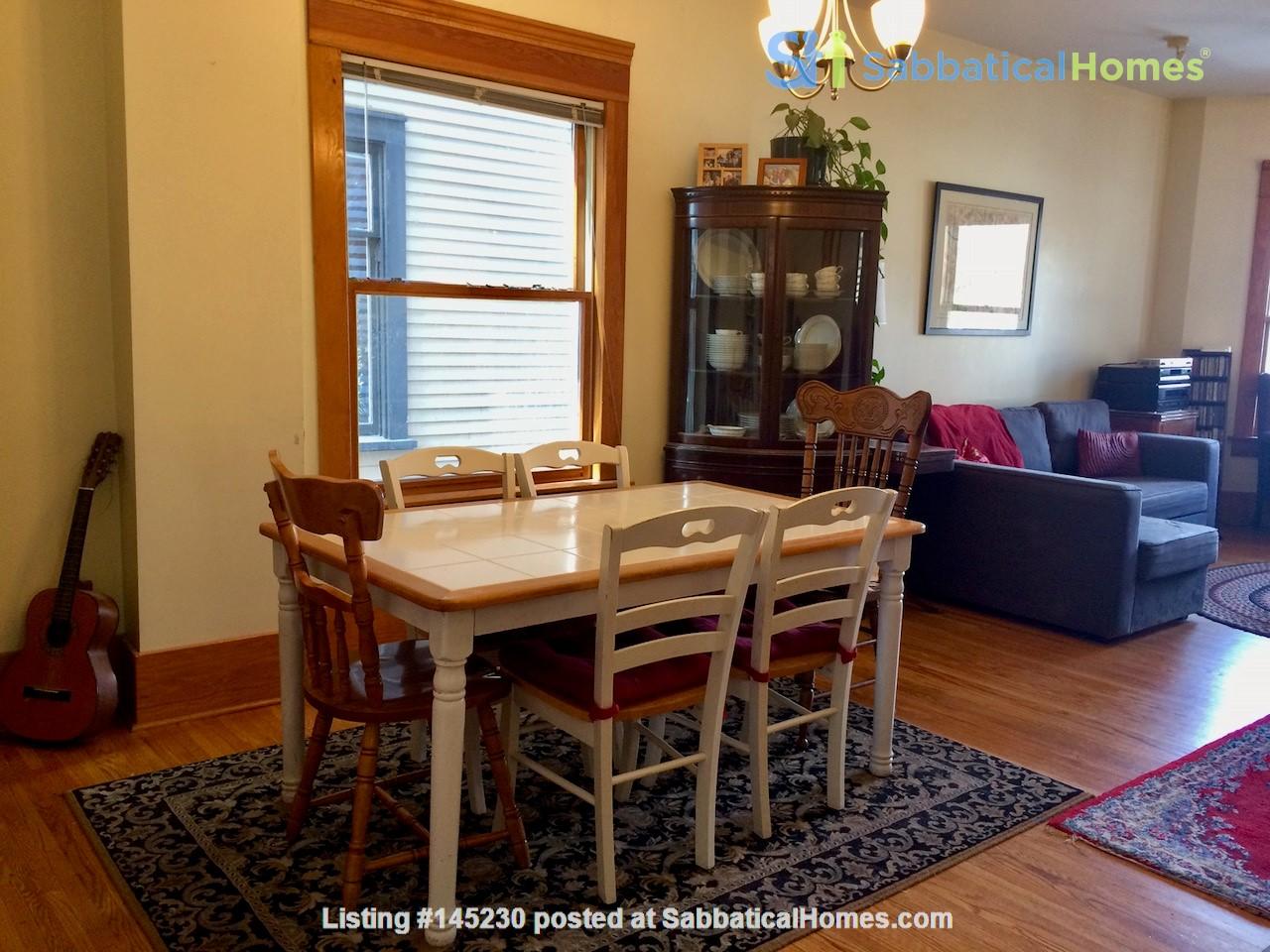 Beautiful historic home in sought after Calgary neighbourhood Home Rental in Calgary, Alberta, Canada 3