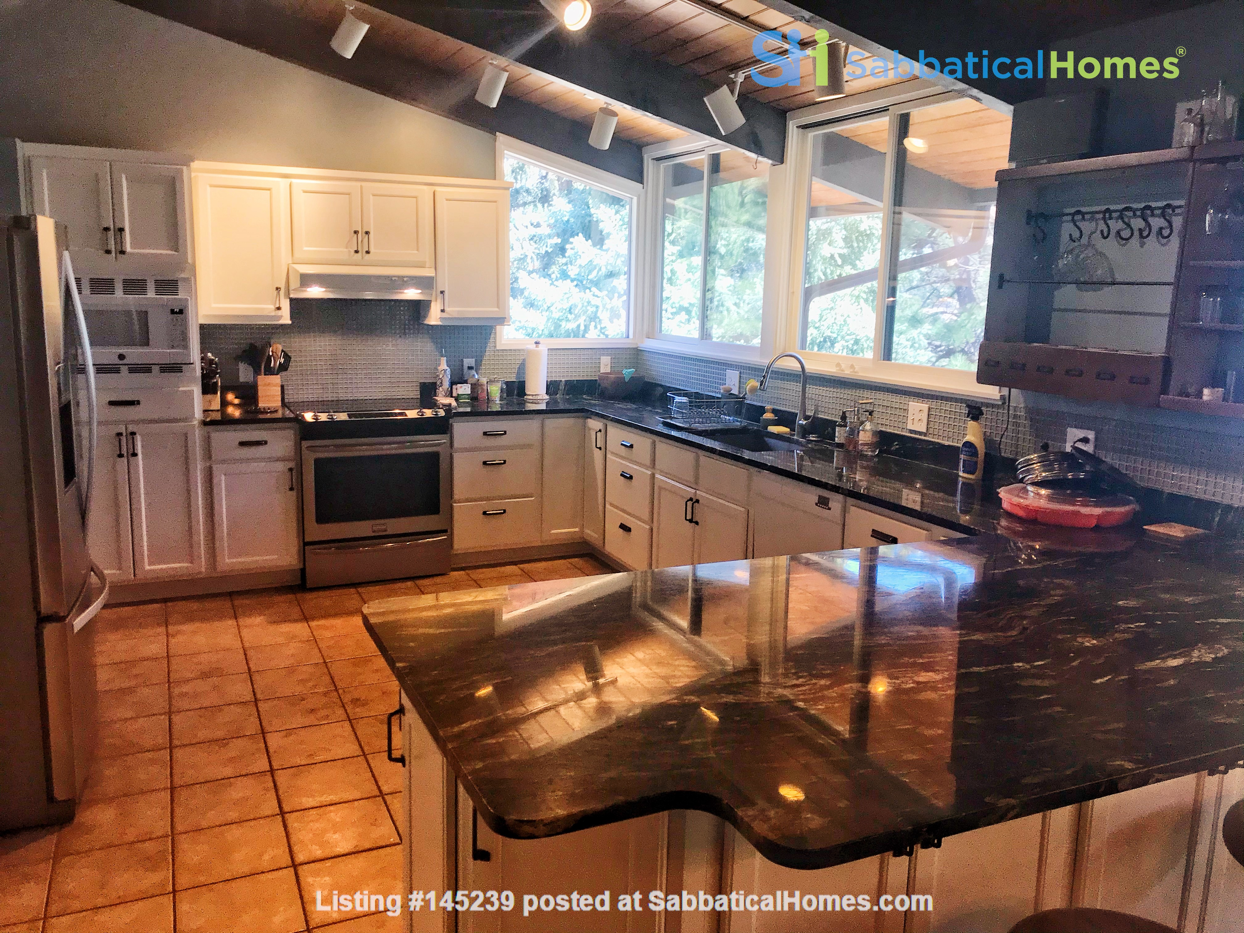 Lovely Mountain Home for Rent Home Rental in Boulder, Colorado, United States 1