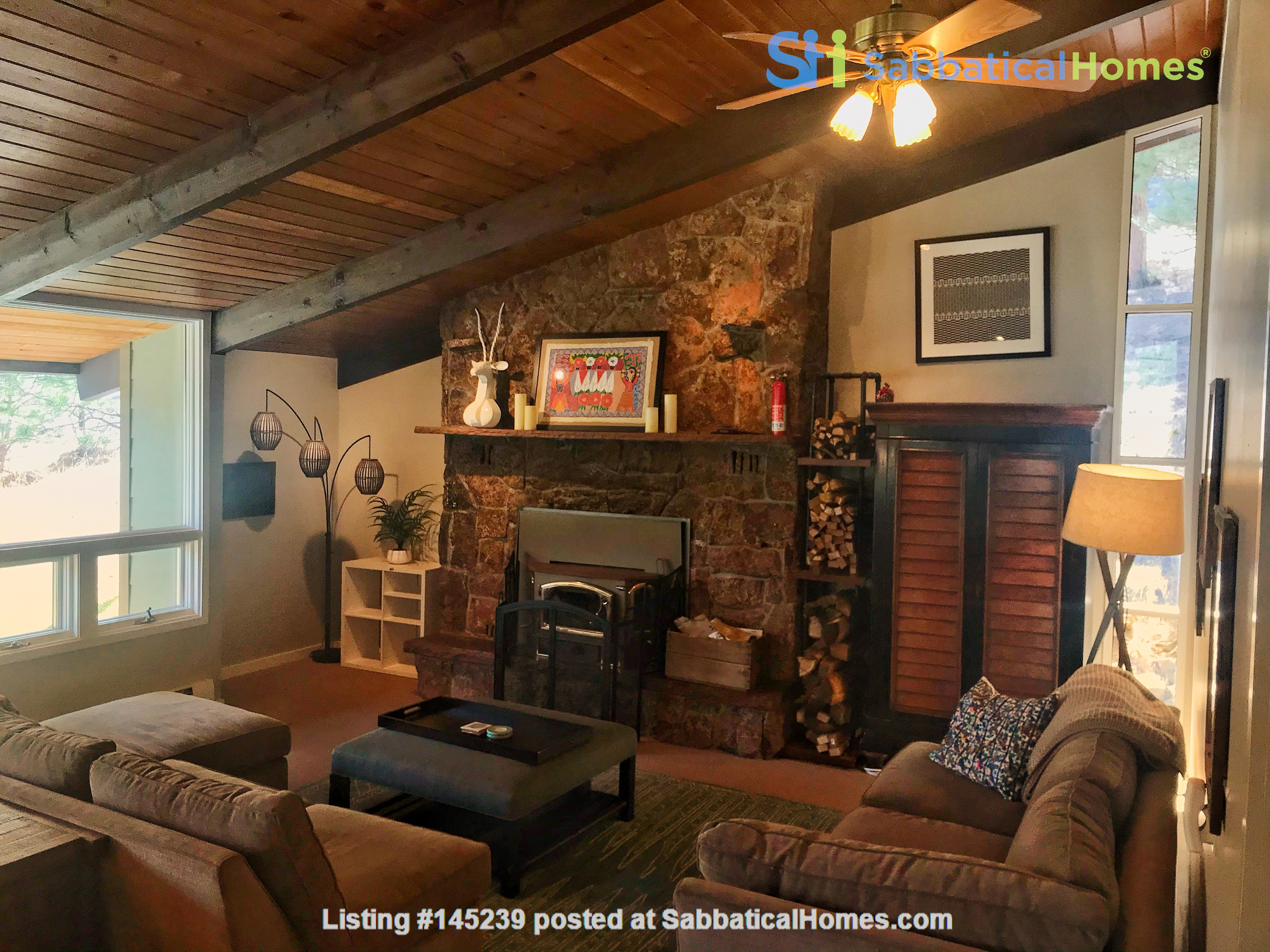 Lovely Mountain Home for Rent Home Rental in Boulder, Colorado, United States 2