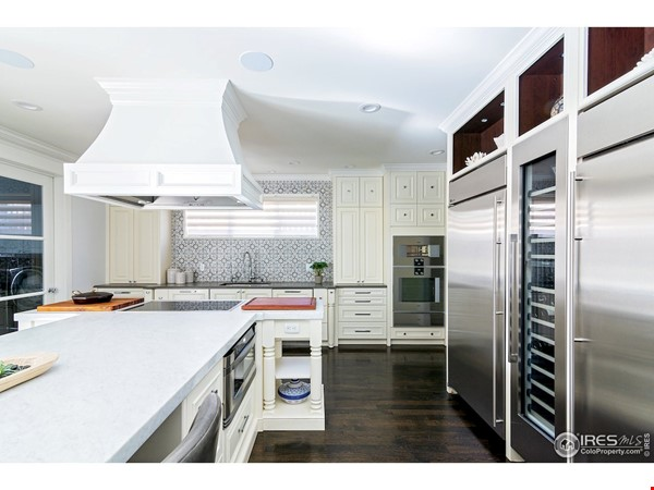 Luxury, Location, Lifestyle near downtown and close to CU Boulder Home Rental in Boulder 7 - thumbnail