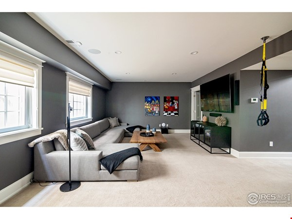 Luxury, Location, Lifestyle near downtown and close to CU Boulder Home Rental in Boulder 8 - thumbnail