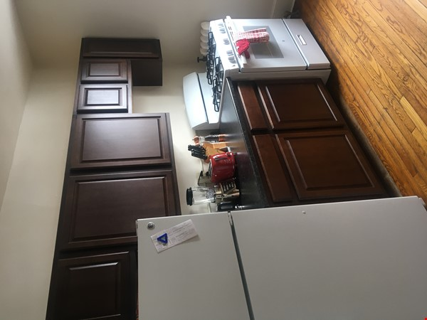 A great, bright and cozy academic sublet Home Rental in New Haven 4 - thumbnail
