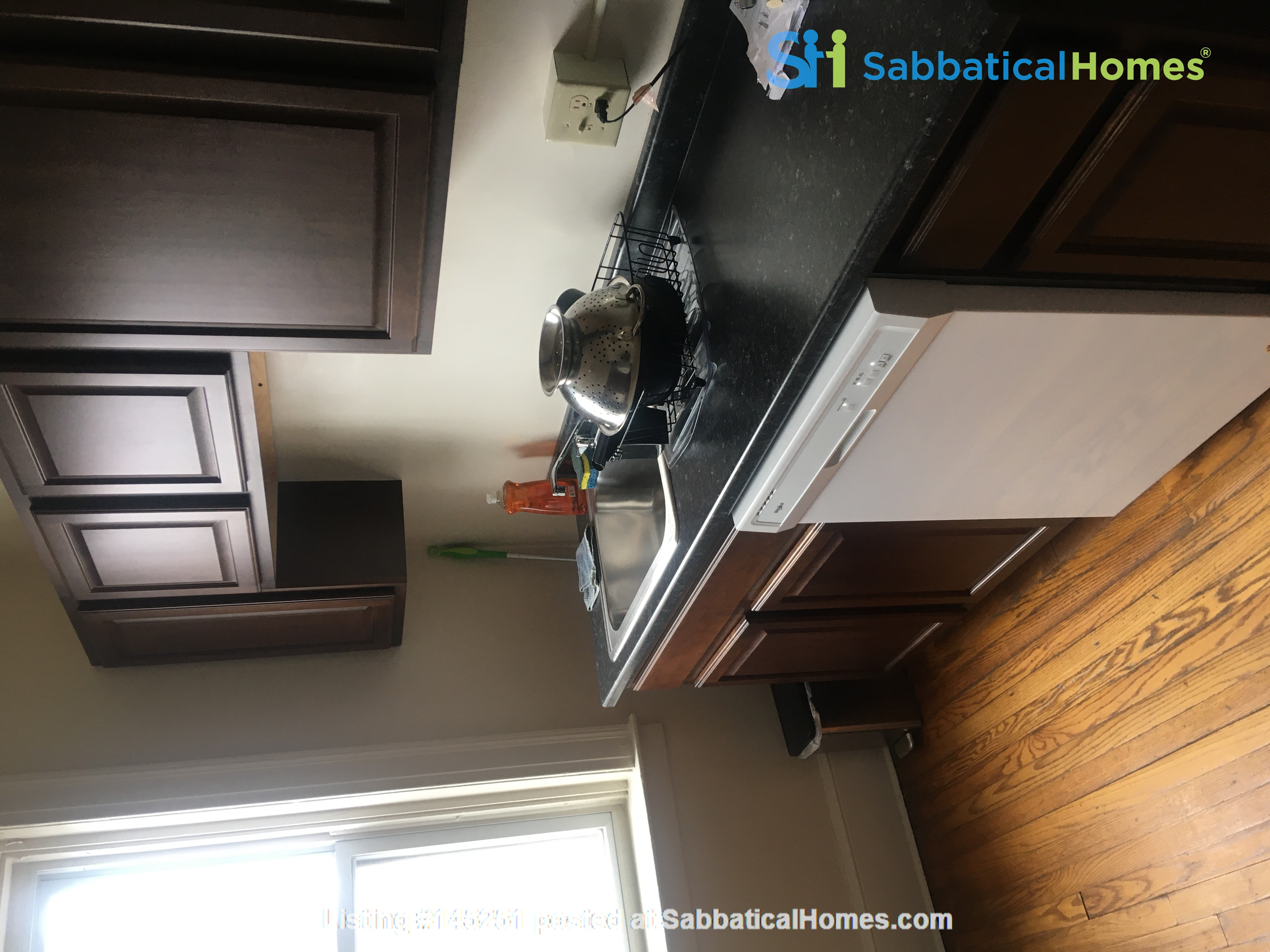 A great, bright and cozy academic sublet Home Rental in New Haven, Connecticut, United States 5
