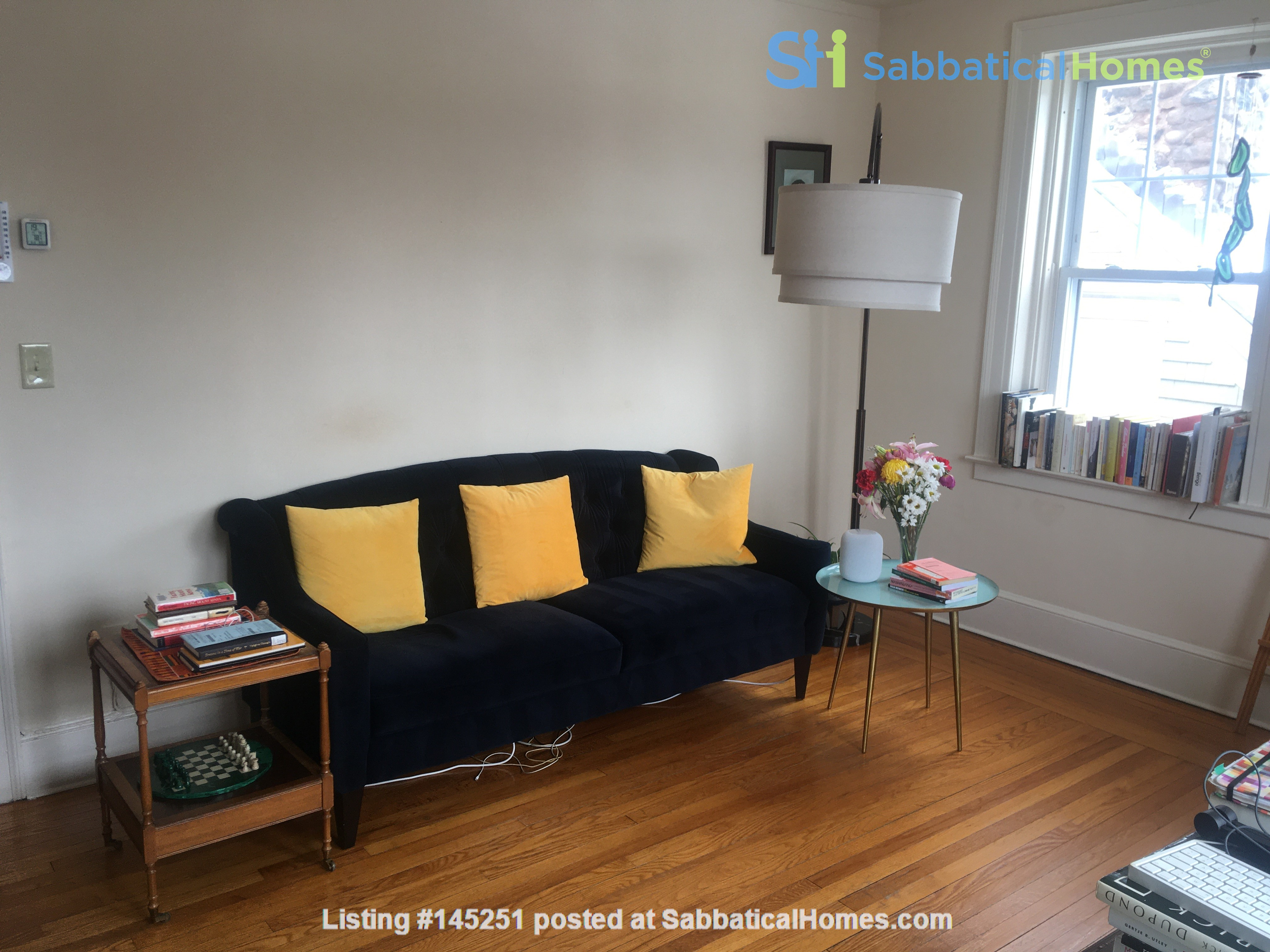 A great, bright and cozy academic sublet Home Rental in New Haven, Connecticut, United States 9