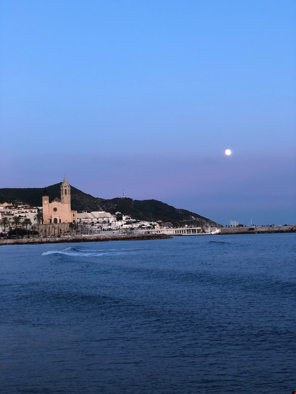 Multicultural City close to Barcelona! Home Rental in Sitges 0 - thumbnail