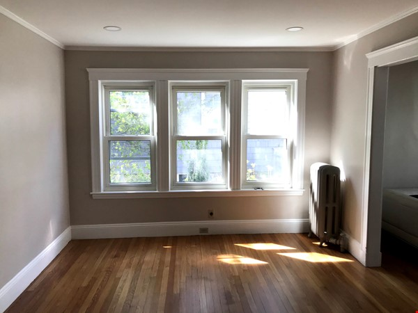 SOMERVILLE NEWLY RENOVATED APARTMENT WALKING DISTANCE FROM HARVARD Home Rental in Somerville 5 - thumbnail