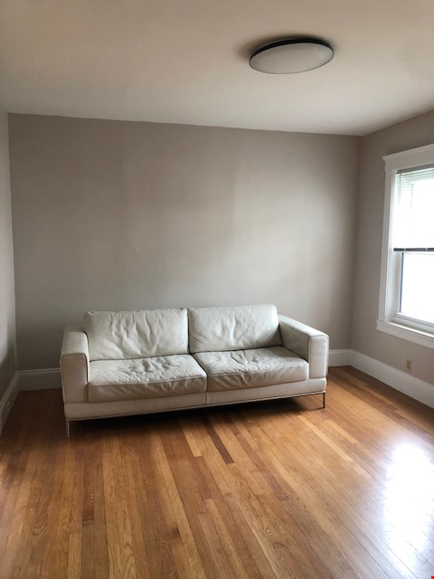 SOMERVILLE NEWLY RENOVATED APARTMENT WALKING DISTANCE FROM HARVARD Home Rental in Somerville 3 - thumbnail