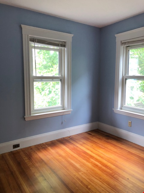 SOMERVILLE NEWLY RENOVATED APARTMENT WALKING DISTANCE FROM HARVARD Home Rental in Somerville 4 - thumbnail