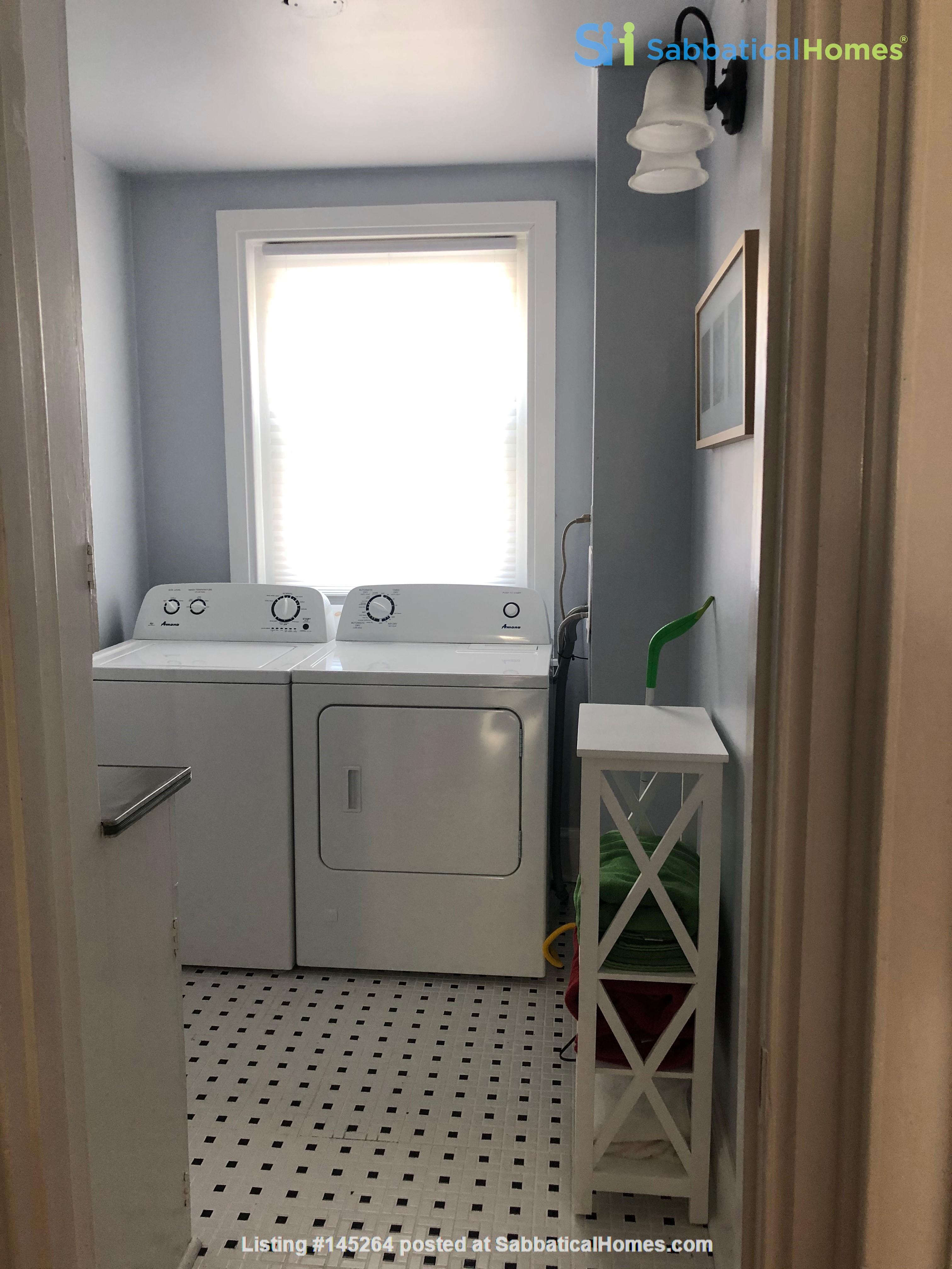 3 beds / 1 bath upper duplex in Bryn Mawr, PA Home Rental in Bryn Mawr, Pennsylvania, United States 3
