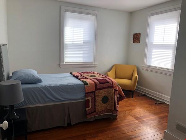 3 beds / 1 bath upper duplex in Bryn Mawr, PA Home Rental in Bryn Mawr 4 - thumbnail