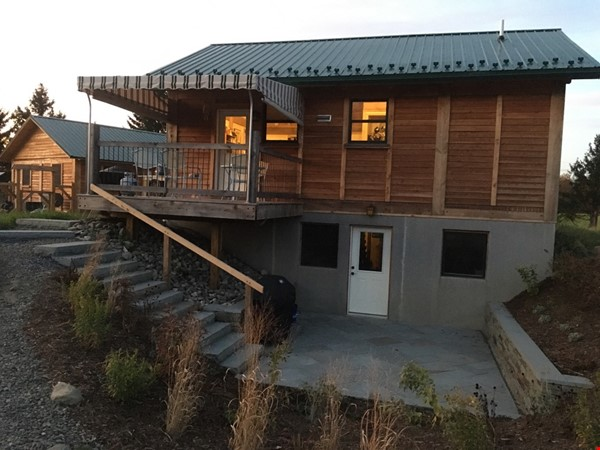 Quiet Retreat in Brooktondale: Birds, Stars and Open Space Home Rental in Brooktondale 3 - thumbnail