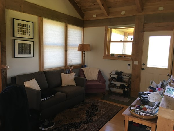 Quiet Retreat in Brooktondale: Birds, Stars and Open Space Home Rental in Brooktondale 9 - thumbnail