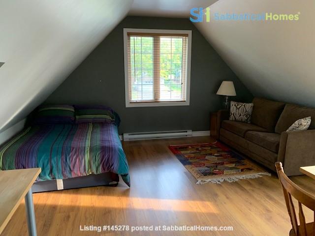 Beautiful loft / studio Home Rental in Gatineau, Québec, Canada 0