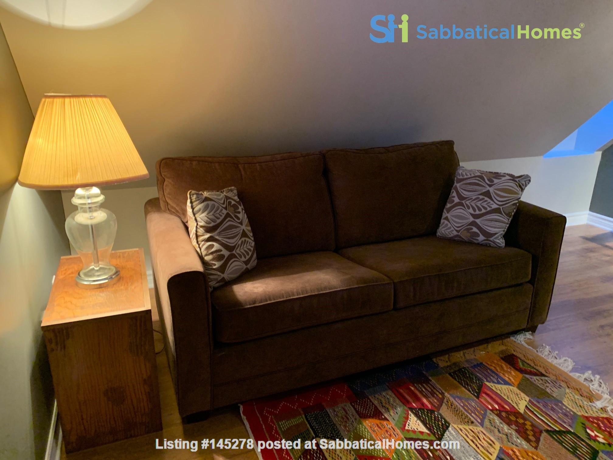 Beautiful loft / studio Home Rental in Gatineau, Québec, Canada 5