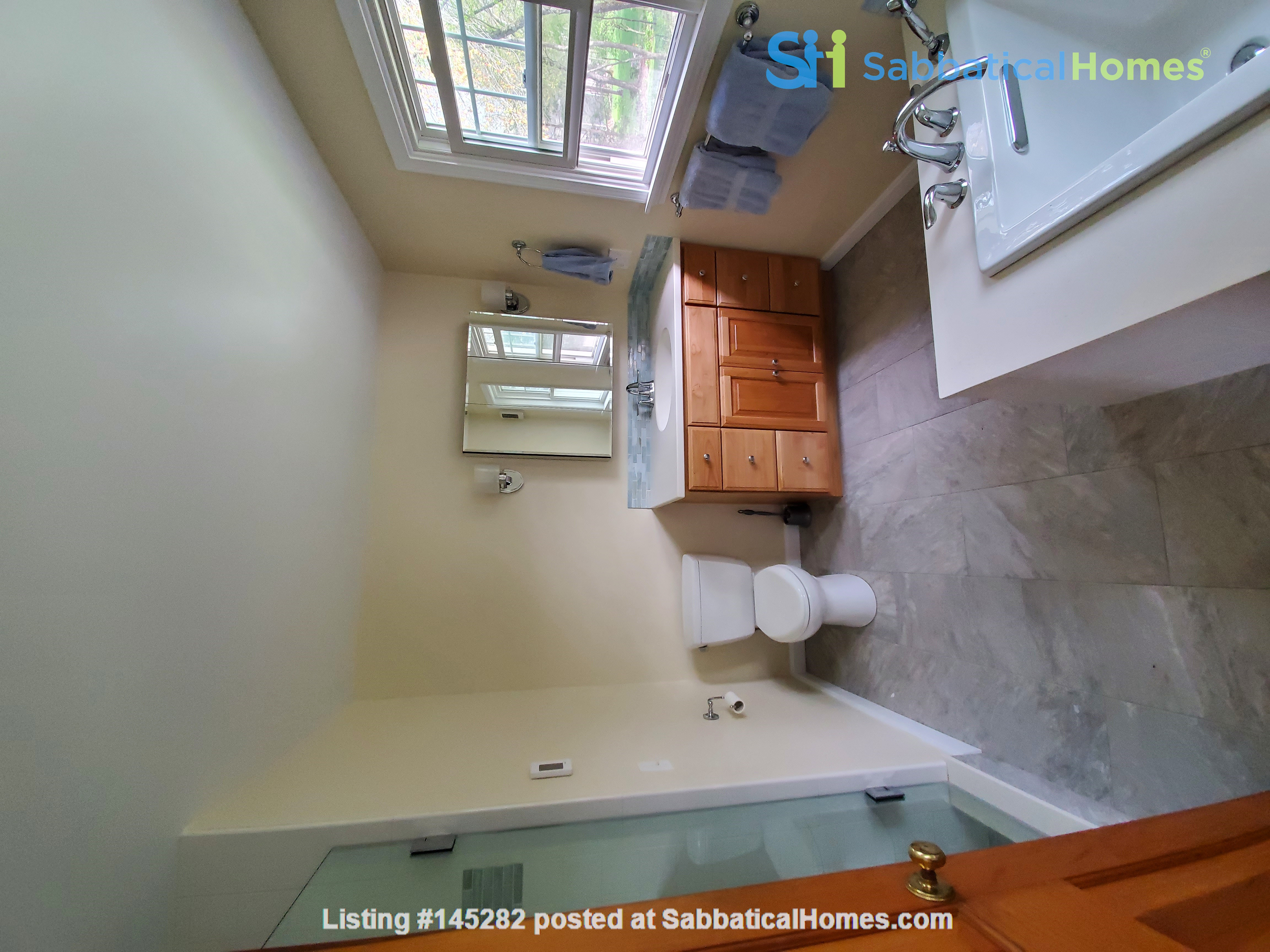 Spacious, Peaceful Getaway in Beautiful Amherst, MA, 4 BR 3.5 ba Home Rental in Amherst, Massachusetts, United States 4