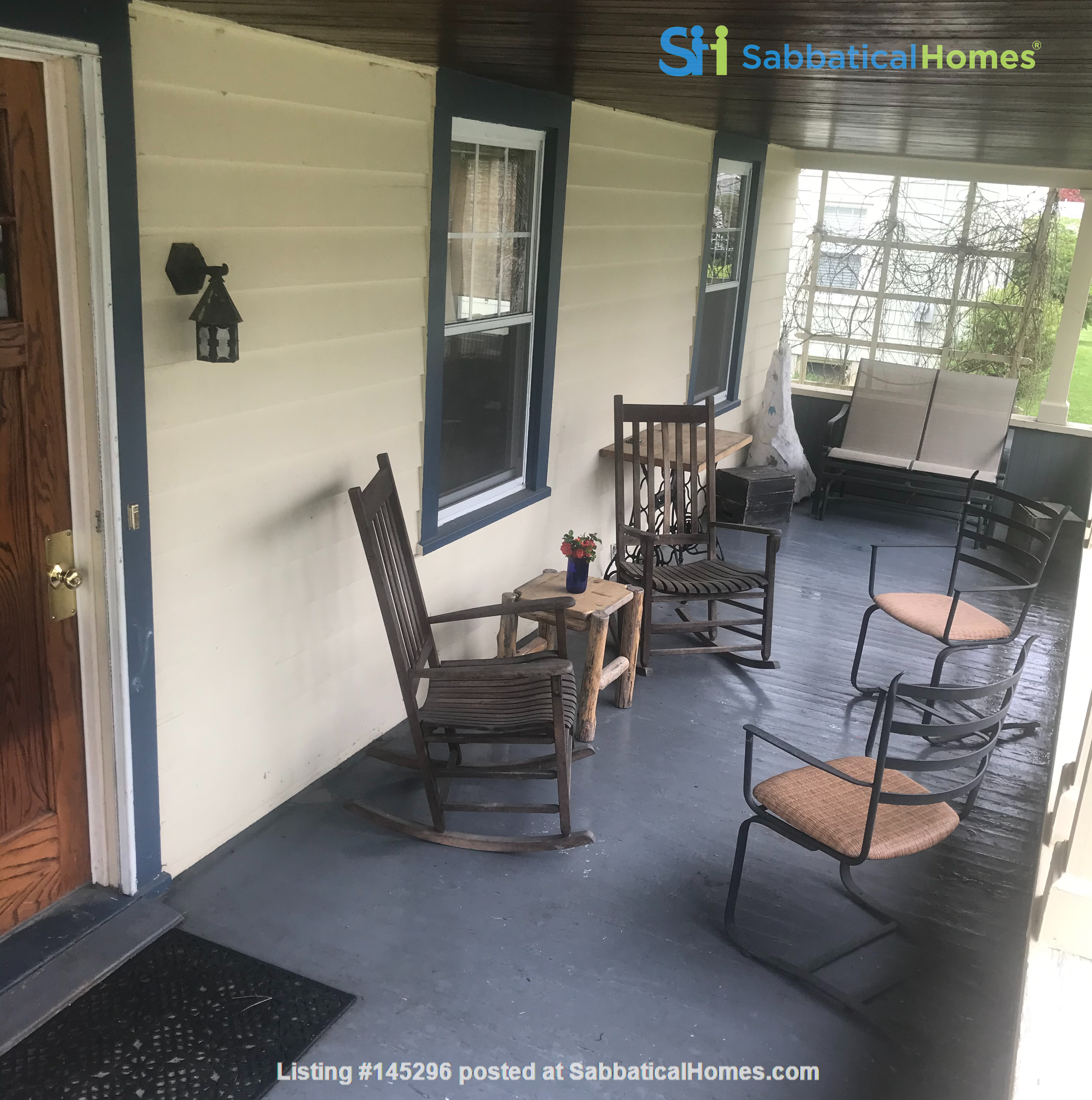 Charming 4 bedroom home in Williamstown - walk to campus and downtown Home Rental in Williamstown, Massachusetts, United States 4