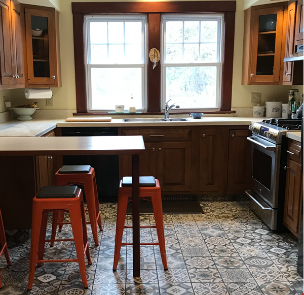 Charming 4 bedroom home in Williamstown - walk to campus and downtown Home Rental in Williamstown 2 - thumbnail
