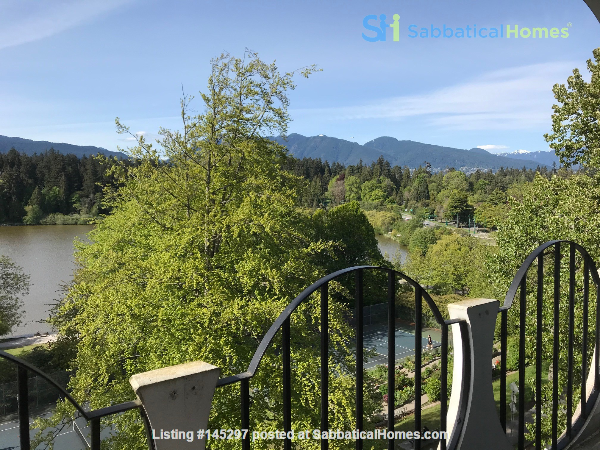 ENTIRE FLOOR RESIDENCE AT UPSCALE 'CHILCO' IN FANTASTIC WEST END LOCATION Home Rental in Vancouver, British Columbia, Canada 0