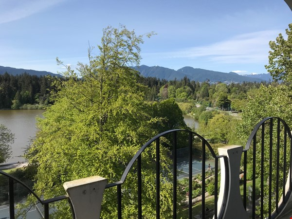 ENTIRE FLOOR RESIDENCE AT UPSCALE 'CHILCO' IN FANTASTIC WEST END LOCATION Home Rental in Vancouver 0 - thumbnail
