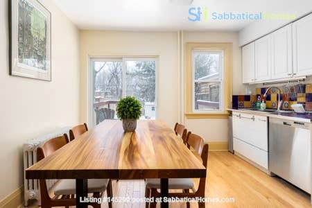 Three bedroom detached family home on dead end street Home Rental in Toronto, Ontario, Canada 3