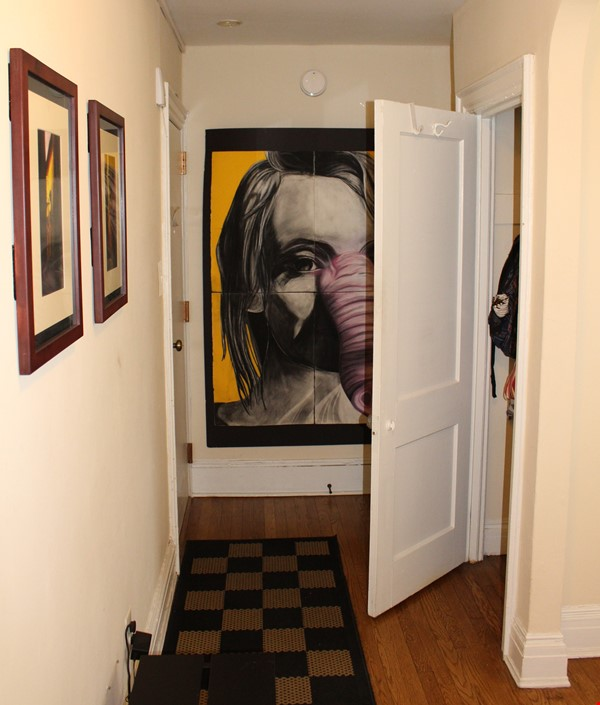 1 BR Condo for long-term lease comes w pool, gym and charm! Home Rental in Philadelphia 0 - thumbnail