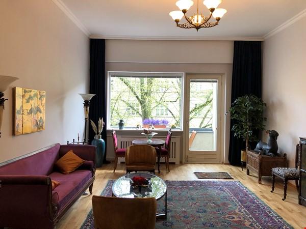 Elegant 1930s apartment in quiet  neighborhood close to Berlin center. Home Rental in Berlin 0 - thumbnail