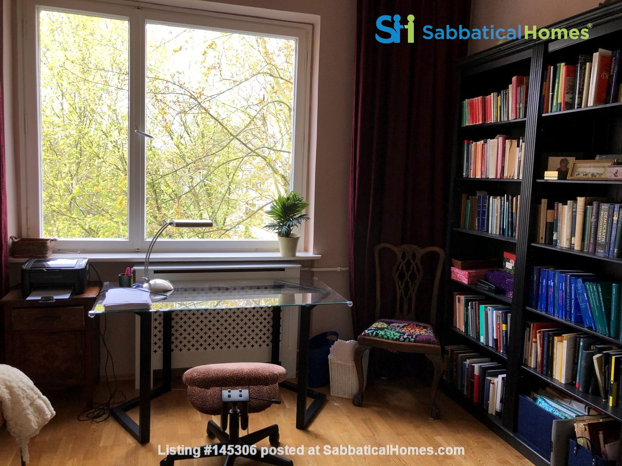 Elegant 1930s apartment in quiet  neighborhood close to Berlin center. Home Rental in Berlin, Berlin, Germany 2