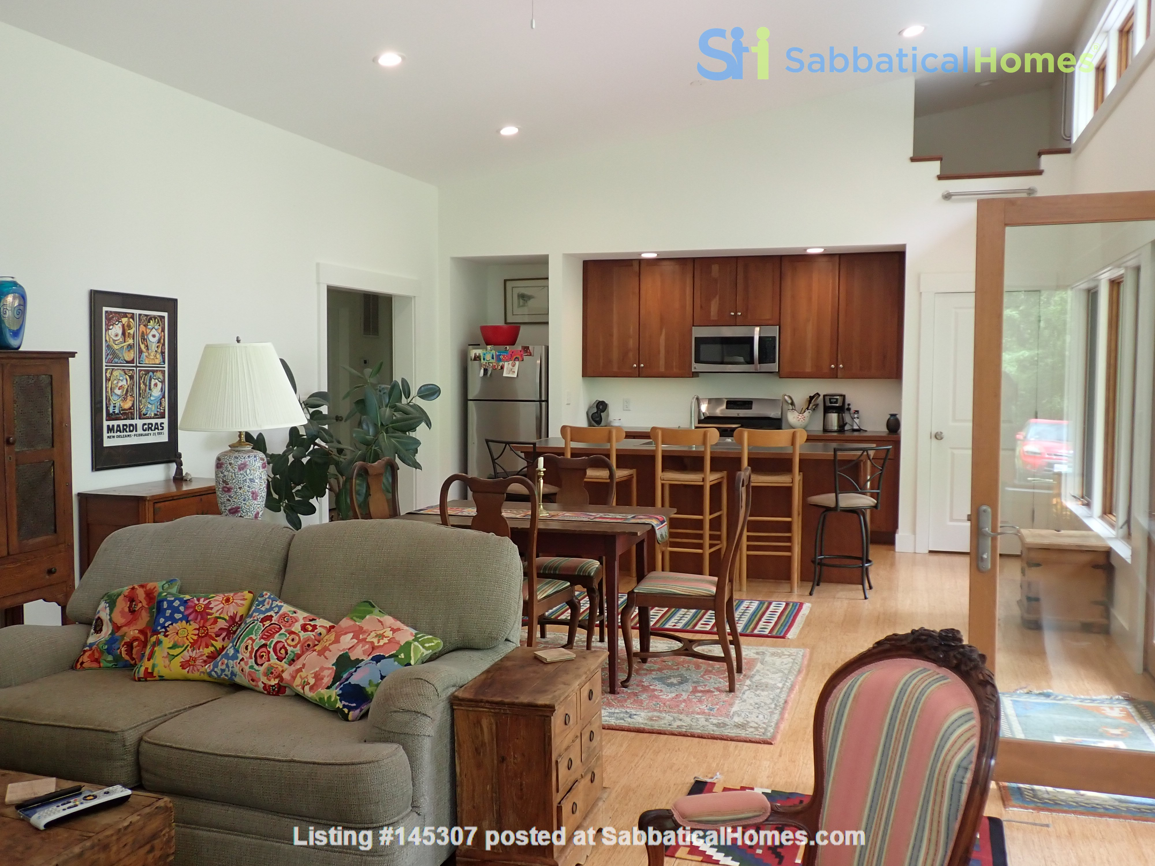 Special mountain home - a short and beautiful drive to Charlottesville Home Rental in Free Union, Virginia, United States 1