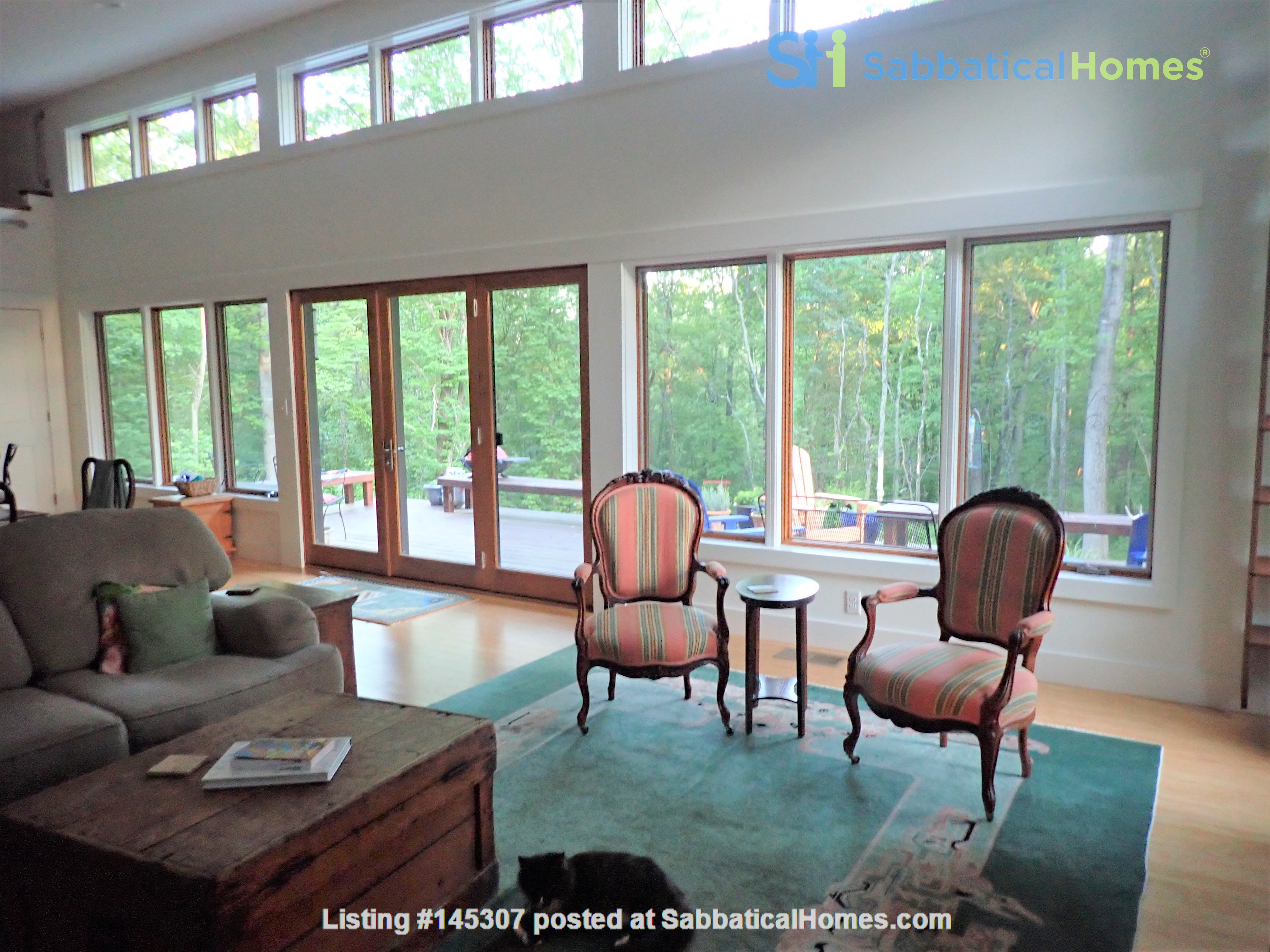 Special mountain home - a short and beautiful drive to Charlottesville Home Rental in Free Union, Virginia, United States 3